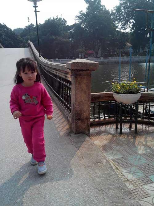 dang nguyen lan chi - ad11227 - toc may ma hong - 7
