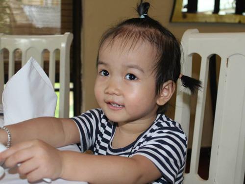 mai hoang yen chi - ad75237 - co nang song tinh cam - 1