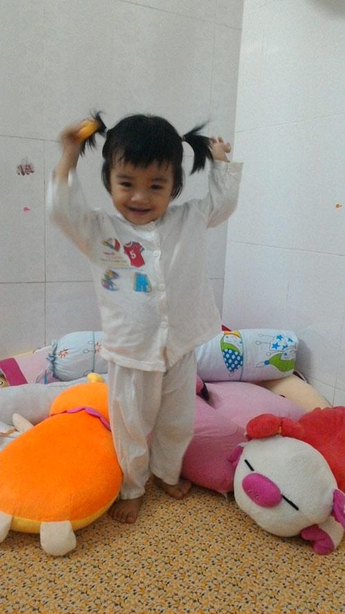 nguyen ngoc han - ad71501 - co nang me mua hat - 4
