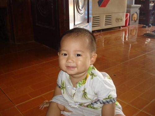 nguyen thi ha thuong - ad21034 - nang bong me mua hat - 2