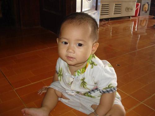 nguyen thi ha thuong - ad21034 - nang bong me mua hat - 4