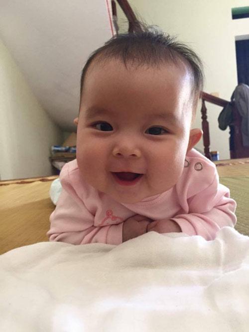 pham khanh linh - ad13340 - nang kem ma hong - 6