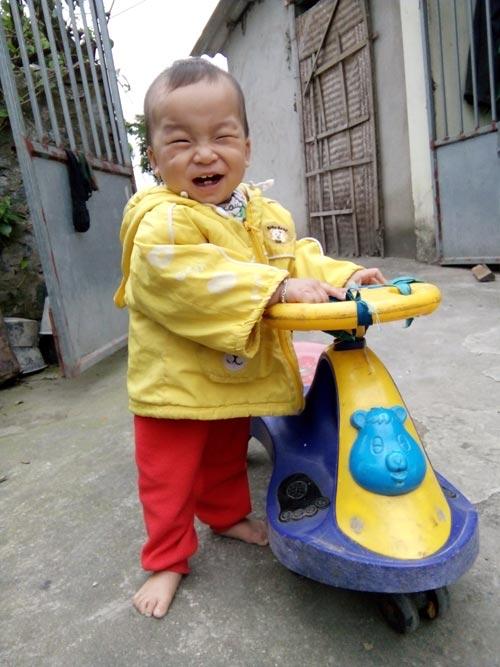 chu tien dat - ad25372 - nu cuoi khong the khong yeu - 2