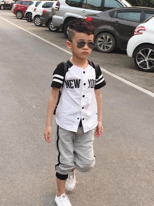 que van khoe con trai sanh dieu nhu hot boy - 4