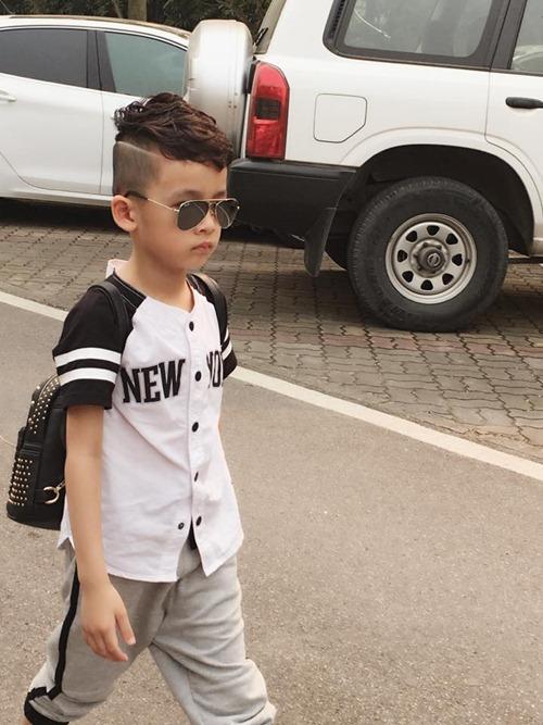 que van khoe con trai sanh dieu nhu hot boy - 5