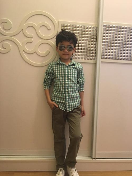 que van khoe con trai sanh dieu nhu hot boy - 6