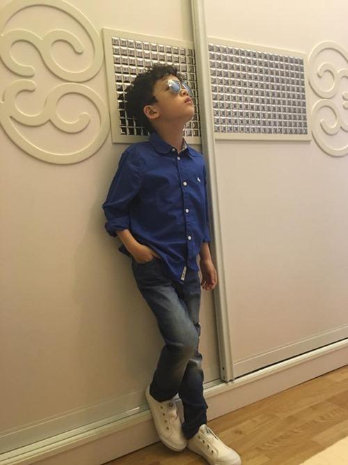 que van khoe con trai sanh dieu nhu hot boy - 7