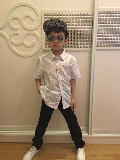 que van khoe con trai sanh dieu nhu hot boy - 9