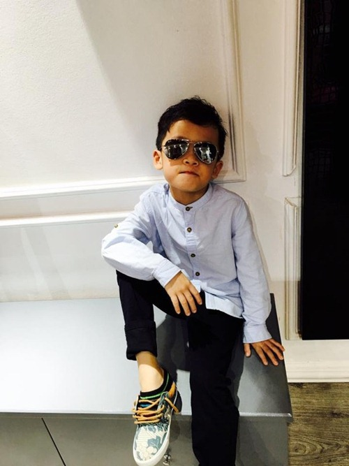 que van khoe con trai sanh dieu nhu hot boy - 12