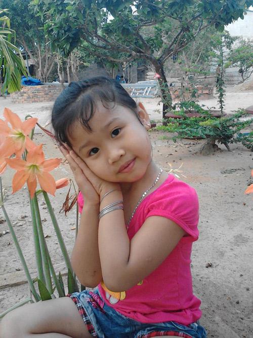 Nguyễn Hồng Linh - AD45092 - Cô bé điệu đà-2