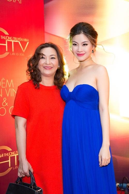 Á hậu Diễm Trang bị cảm sốt trước giờ lên sóng trực tiếp-5