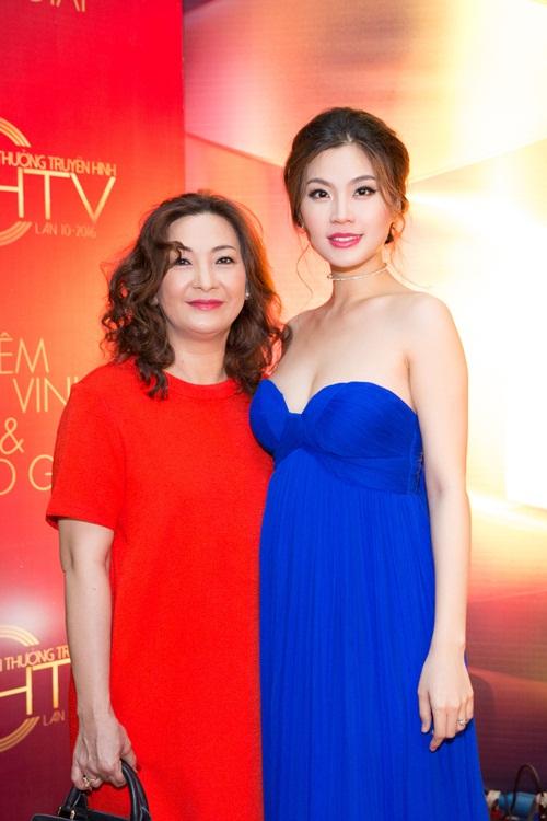 Á hậu Diễm Trang bị cảm sốt trước giờ lên sóng trực tiếp-6