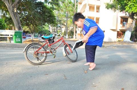 hanh trinh chinh phuc con chu cua chang sinh vien cao 80cm - 5