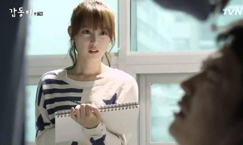 Hậu duệ của mặt trời: Kim Ji Won có thực sự diễn xuất thần?-11