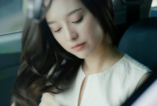 Hậu duệ của mặt trời: Kim Ji Won có thực sự diễn xuất thần?-1