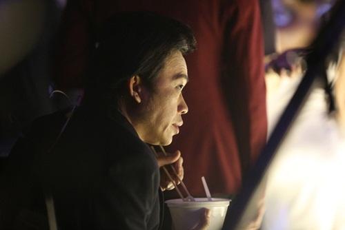 Hoài Linh đau lòng vì tin đồn mình bị đụng xe, chết bệnh-3