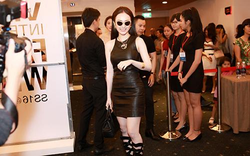 Angela Phương Trinh diện hàng hiệu nửa tỷ đồng trên thảm đỏ-2