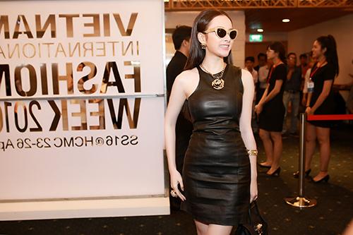 Angela Phương Trinh diện hàng hiệu nửa tỷ đồng trên thảm đỏ-3
