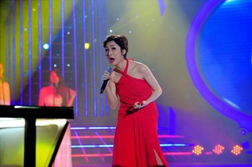Cười sặc vì Hòa Minzy hóa Diva Mỹ Linh phiên bản 'ác nhất Việt Nam'-4