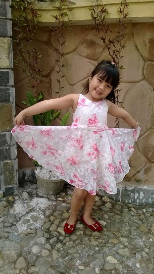 Phạm Uyên Minh - AD44800 - Cô bé thích làm điệu-1