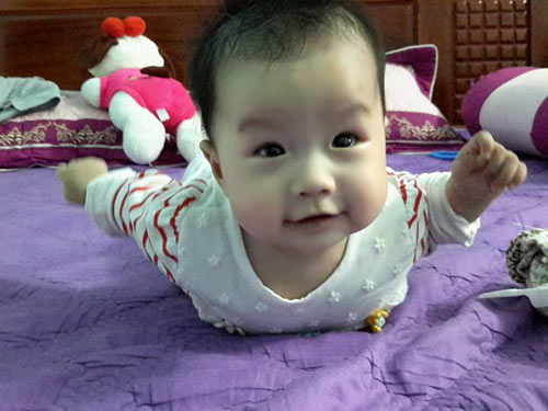 tran thuy duong - ad18618 - sukem mat cuoi tinh nghich - 6
