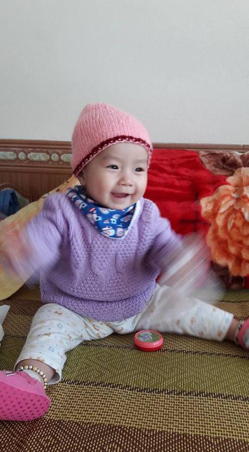 tran thuy duong - ad18618 - sukem mat cuoi tinh nghich - 7