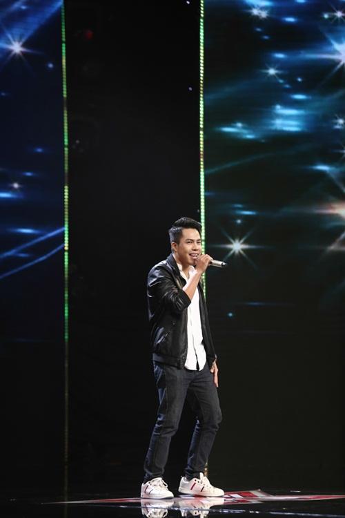 Cô bé 16 tuổi nức nở khi bất ngờ gặp mẹ trên sân khấu X-Factor-10