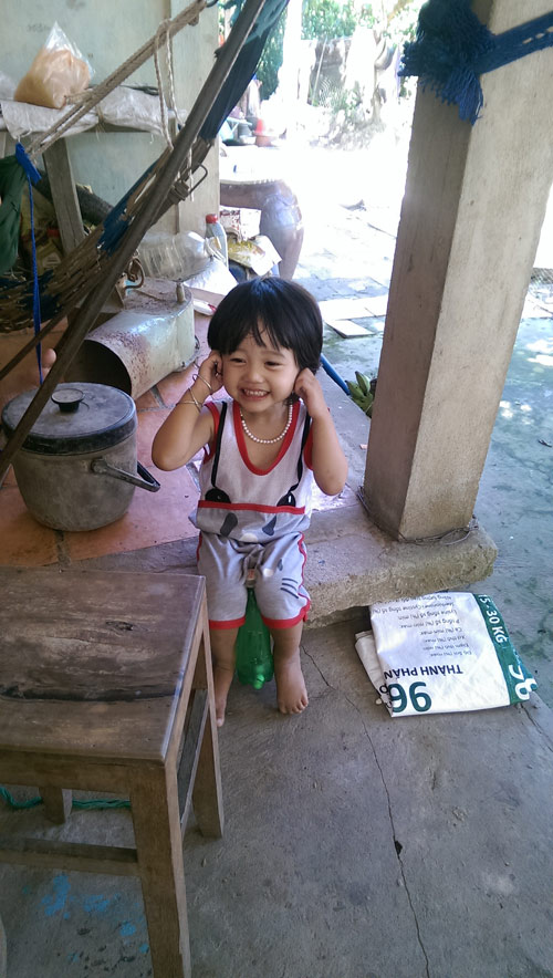 nguyen huynh thanh truc - ad27521 - co be tinh nghich - 2