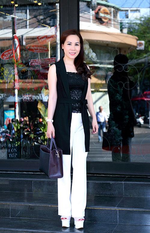 Nữ hoàng Kim Chi sành điệu, rạng ngời xuống phố-2