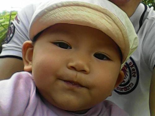 pham hoai giang - ad35302 - co be de thuong - 1