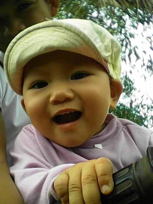 pham hoai giang - ad35302 - co be de thuong - 3