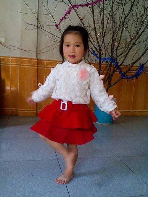 Phạm Lê Băng - AD16411 - Bé thích múa hát-1