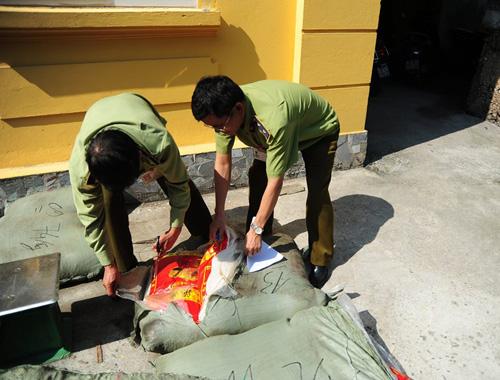 Thu giữ nửa tấn thuốc Đông y xuất xứ Trung Quốc-7
