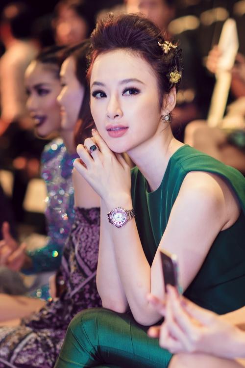 angela phuong trinh deo nhan 1 ty dong gay choang vang - 3