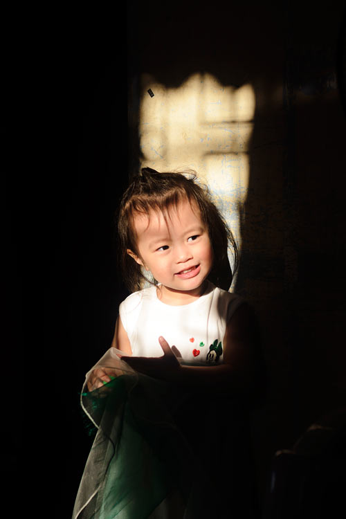 hoang nguyen khanh nguyen - ad14370 - nu cuoi tuoi sang ruc bau troi - 1