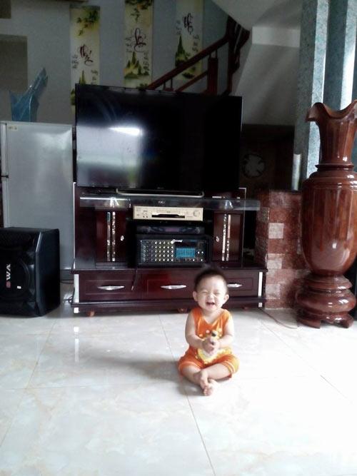 le tran thanh truc - ad18009 - mat cuoi tinh nghich - 3