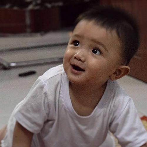 nguyen gia phuc - ad30130 - be yuri hieu dong - 4