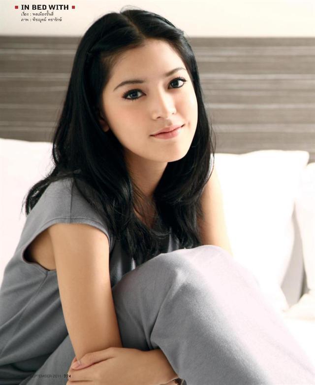 showbiz 24/7: song hye kyo lai dinh vao kien tung - 7