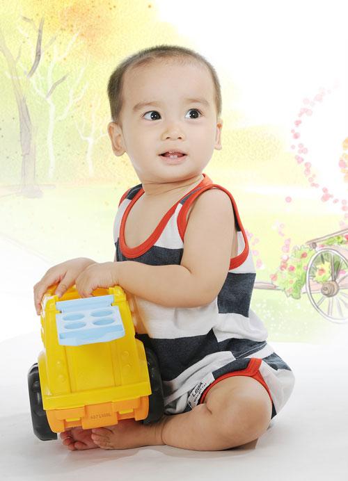 truong viet cuong - ad12437 - mat sang tinh khoi - 1