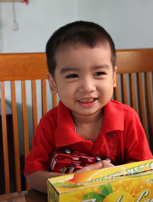 truong viet cuong - ad12437 - mat sang tinh khoi - 3