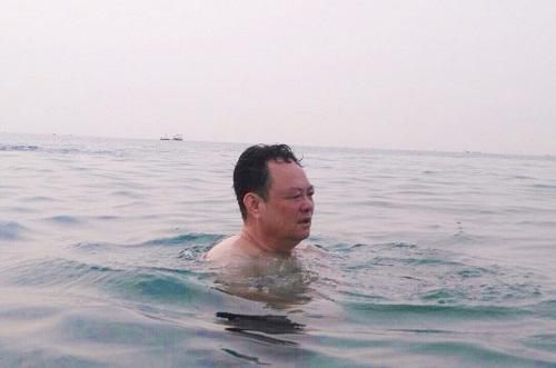 lanh dao da nang tam bien de khang dinh nuoc an toan - 1