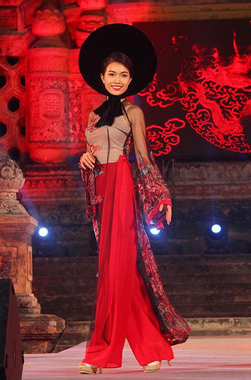 lan khue, le hang goi cam, dai cac voi ao dai - 6