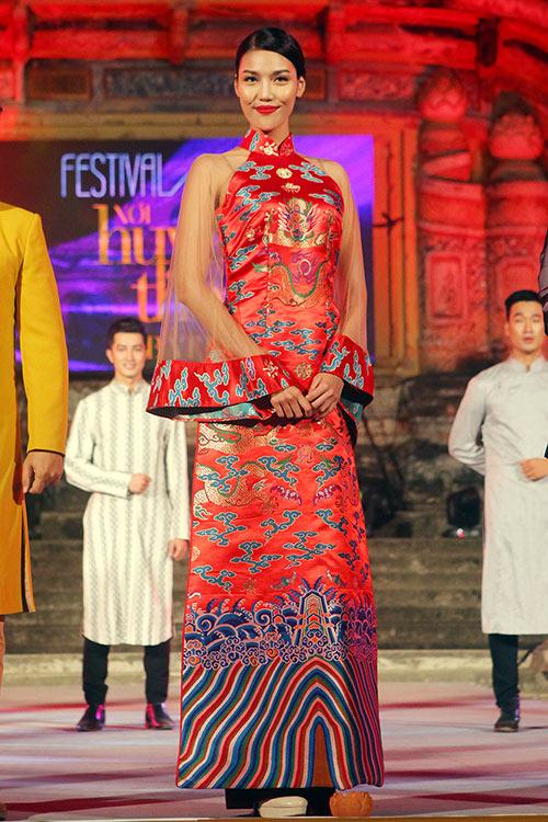 lan khue, le hang goi cam, dai cac voi ao dai - 2