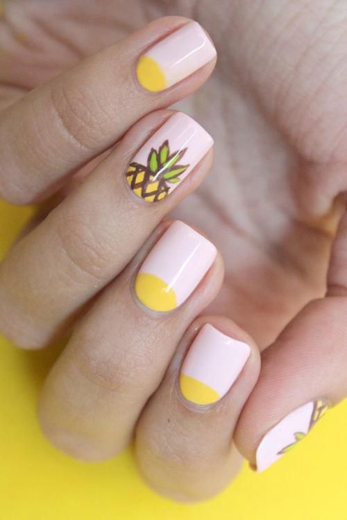 Những mẫu nail mát lạnh giúp bạn giải nhiệt mùa hè-8