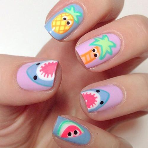 Những mẫu nail mát lạnh giúp bạn giải nhiệt mùa hè-7