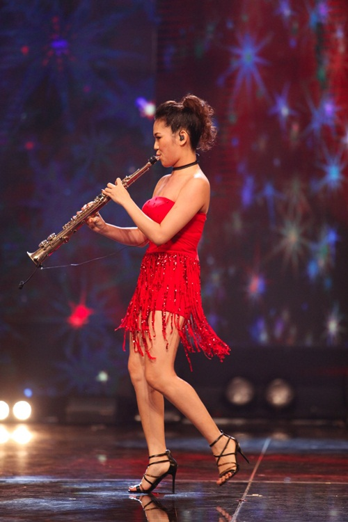 tran thanh ha hoc vi nhan vat 'ngoai hanh tinh' tai got talent - 8
