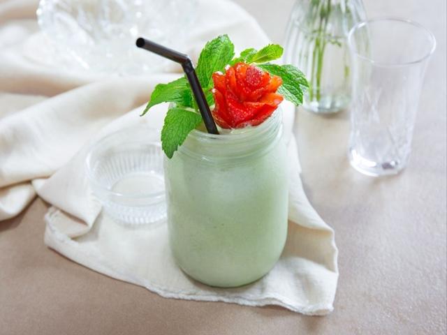 Giải khát với sinh tố kem trà xanh trong vài phút-6