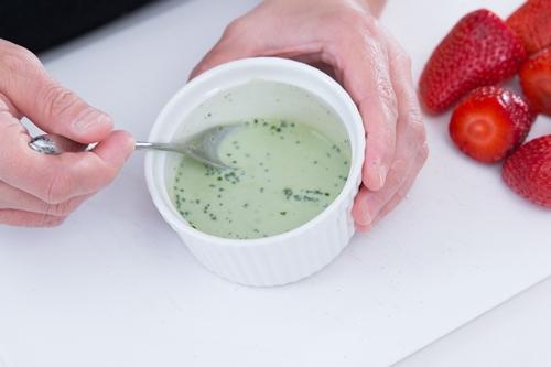 Giải khát với sinh tố kem trà xanh trong vài phút-3