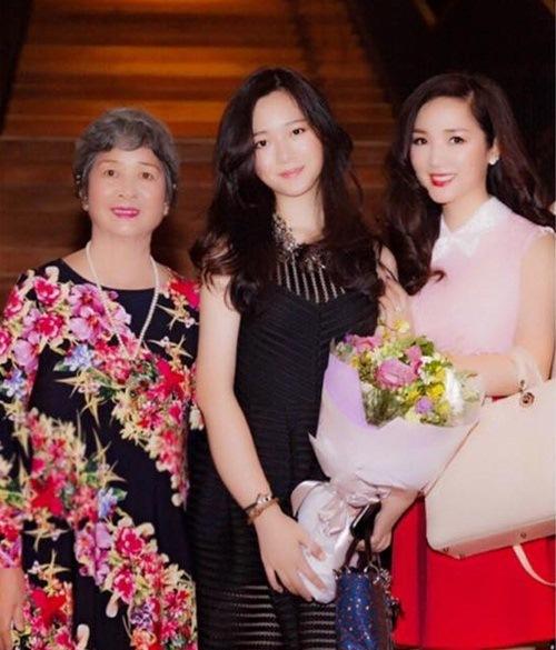 Kim Hiền và dàn sao Việt xúc động trong Ngày của Mẹ-7