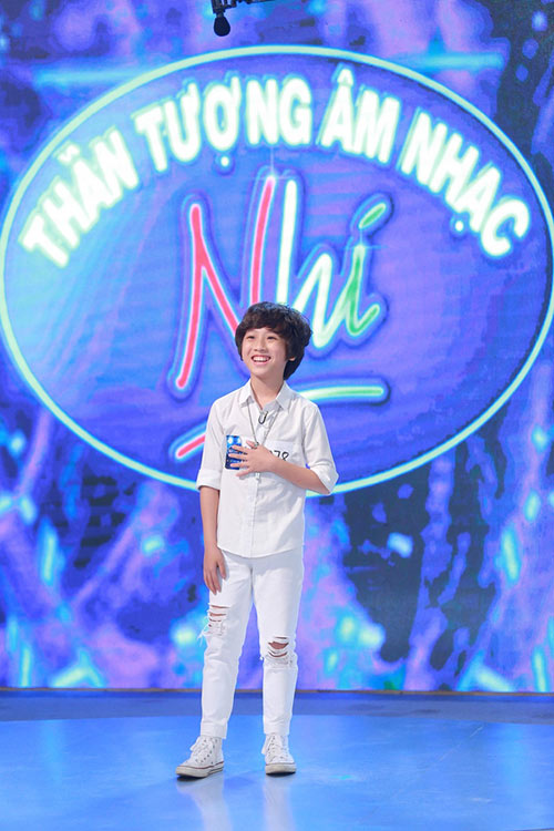 """Cậu bé lai Việt - Sing khiến GK Vietnam Idol Kids """"choáng"""" vì hát quá hay-3"""